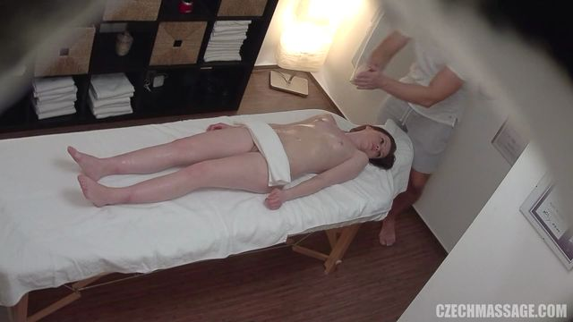 CzechAV_-_CzechMassage_presents_Czech_Massage_343_-_24.04.2017.mp4.00003.jpg