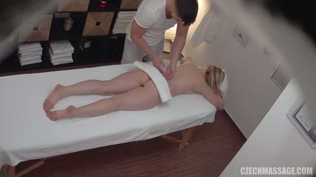 CzechAV_-_CzechMassage_presents_Czech_Massage_344_-_27.04.2017.mp4.00001.jpg