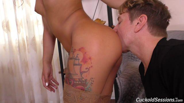 Watch Online Porn – DogFartNetwork – CuckoldSessions presents Gina Valentina has a Cuckold Sugar Daddy! – 02.04.2017 (MP4, HD, 1280×720)