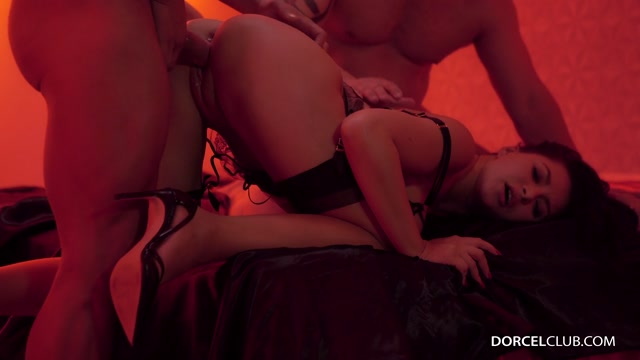 Watch Online Porn – DorcelClub presents Anna Polina in Hardcore threesome with the bourgeois Anna Polina – 02.04.2017 (MP4, FullHD, 1920×1080)