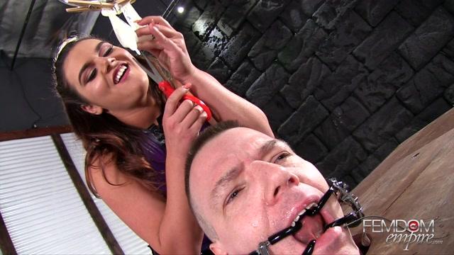 Watch Online Porn – FemdomEmpire presents Vendi Carson Extreme Cuckolding – 11.04.2017 (MP4, FullHD, 1920×1080)