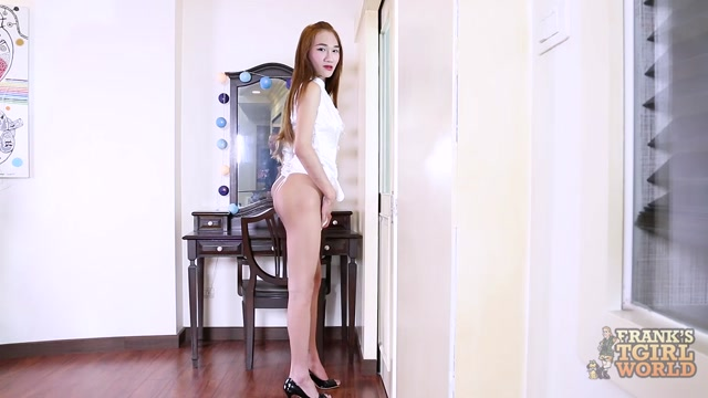 Franks-tgirlworld_presents_Pie_Impressive_Debut__-_03.04.2017.mp4.00002.jpg