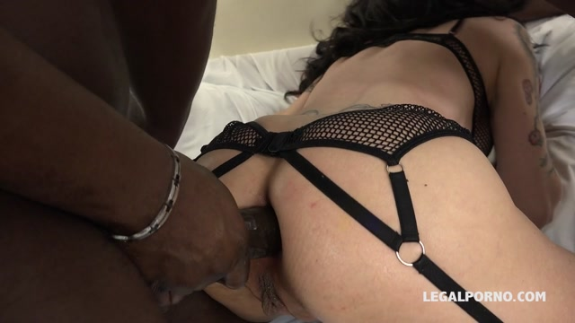 LegalPorno_presents_Sasha_Zima___Lyna_Cypher_know_how_to_spice_three_black_guys_day._Fisting_kinky_sex_and_rough_play_IV056_-_03.04.2017.mp4.00005.jpg