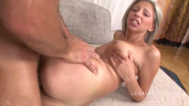 Watch Online Porn – Legalporno presents Helga enjoys pussy fuckign NR189 – 17.04.2017 (MP4, HD, 1280×720)