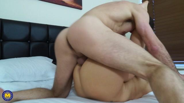 Watch Online Porn – Mature.nl presents Anna Joy (EU) (37) in British mom fucking and sucking – 01.04.2017 (MP4, FullHD, 1920×1080)