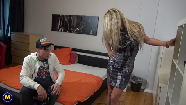 Mature.nl_presents_Fanny_Hill__EU___47__in_German_mom_fucking_and_sucking_-_29.04.2017.mp4.00000.jpg