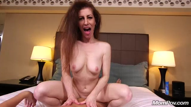 Watch Online Porn – MomPov presents Amelia 45 years old and loves younger guys – 06.04.2017 (MP4, SD, 720×404)