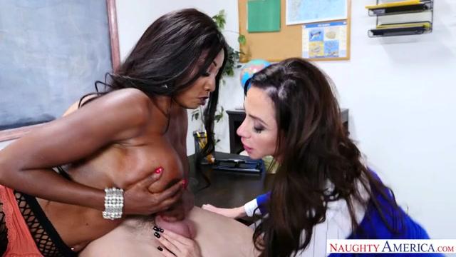 NaughtyAmerica_-_MyFirstSexTeacher_presents_Porn_stars__Ariella_Ferrera___Diamond_Jackson___Bambino_22569_-_07.04.2017.mp4.00004.jpg