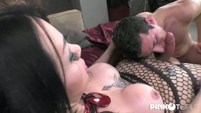 Pinkotgirls_presents_Gloria_Voguel__Melissa_Pozzi_in_We_will_Wake_You_Up_-_27.04.2017.mp4.00003.jpg