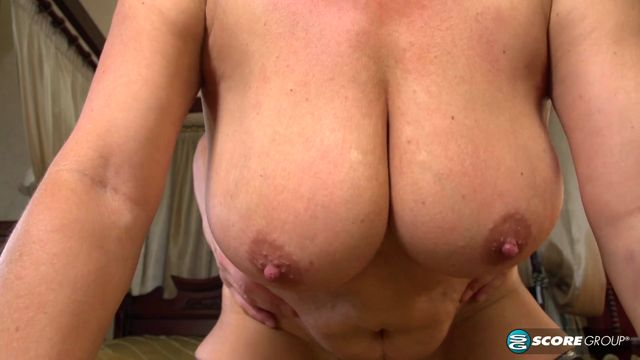 Watch Online Porn – PornMegaLoad – 50PlusMilfs presents Jessica Hot gets some good boob lovin – 06.04.2017 (MP4, FullHD, 1920×1080)