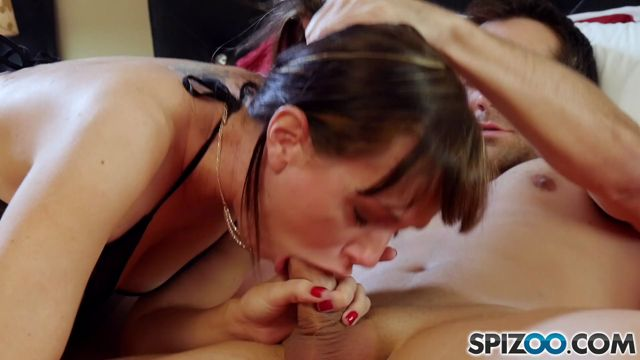 Spizoo_presents_Alana_Cruise_in_Stepmother_-_26.04.2017.mp4.00009.jpg