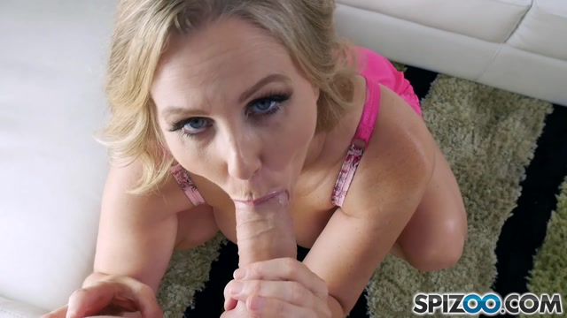Spizoo_presents_Julia_Ann_in_Blowjob_Is_Back_-_28.04.2017.mp4.00003.jpg