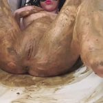 Scat presents Anna Coprofield – Poo SPA in the bathtub with prolapse