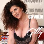 Mature.nl presents Gilly (EU) (51) in British housewife playing in bed – 29.05.2017