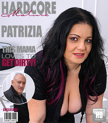 1_Mature.nl_presents_Patrizia__40__in_Big_breasted_BBW_fucking_and_sucking_-_24.05.2017.jpg