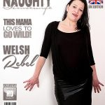 Mature.nl presents Welsh Rebel (40) in British housewife fooling around – 22.05.2017