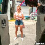 BangBros – BangBus presents Kendall Kross in American Idle – 10.05.2017
