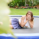Mofos – PervsOnPatrol presents Ivy Rose in Big Tit Babe Twerks on Trampoline – 12.05.2017