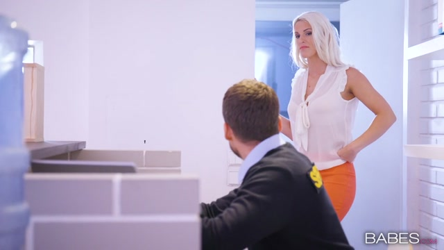 Watch Online Porn – Babes – OfficeObsession presents Blanche Bradburry in Dont Mind the Flash! – 07.05.2017 (MP4, SD, 854×480)