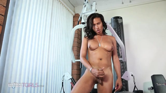 Watch Online Porn – Bobstgirls presents Jamie Croft Workout out a Load – 06.05.2017 (M4V, FullHD, 1920×1080)