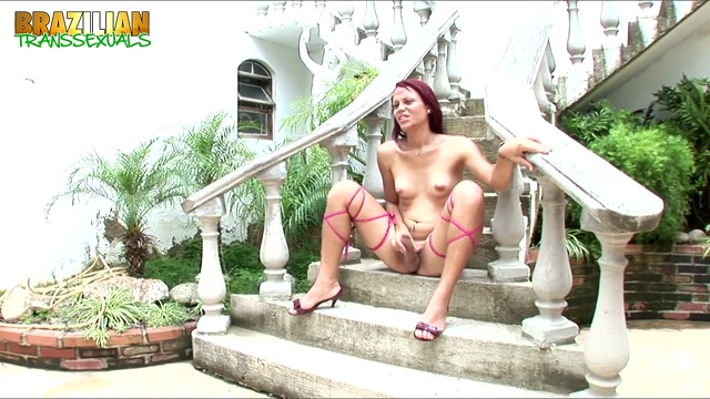 Brazilian-transsexuals_presents_Ana_Lucia_Duarte_Cums_Hard_Remastered.mp4.00013.jpg