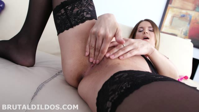 Watch Online Porn – BrutalDildos presents JESSICA SPIELBERG – 11.05.2017 (WMV, SD, 640×360)