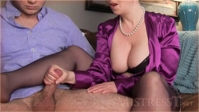 Watch Online Porn – Clips4Sale – MistressT presents MILFs Study Quiz (MP4, HD, 1280×720)