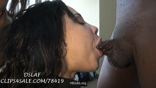 Watch Online Porn – Clips4sale – DSLAF presents 2 Bad Bitches Share BBC (MP4, FullHD, 1920×1080)