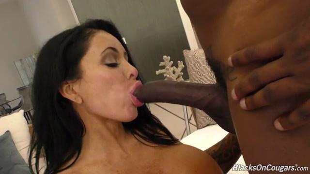 Watch Online Porn – DogFartNetwork – BlacksOnBlondes presents Simone Garza (MP4, SD, 768×432)