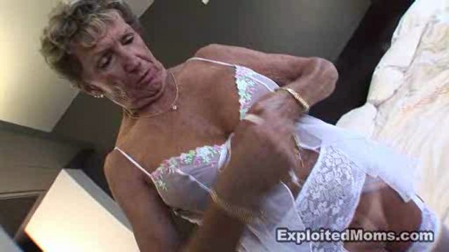 Watch Online Porn – Exploitedmoms presents Anni May in 76 yr old (WMV, SD, 512×288)