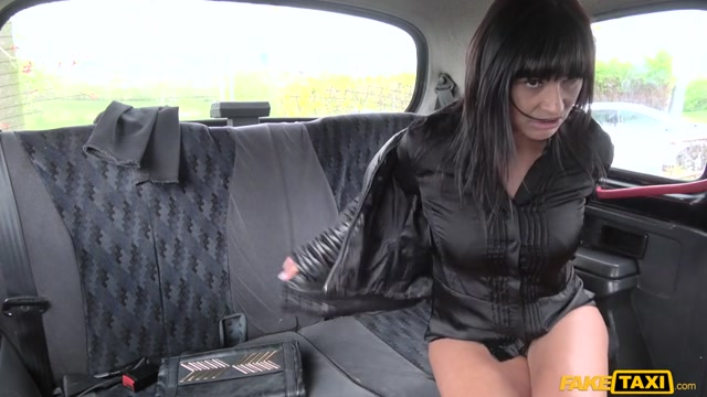 Watch Online Porn – FakeHub – FakeTaxi presents Tera Joy in Saucy Hot Brunette Loves Czech Cock – 30.04.2017 (MP4, SD, 854×480)
