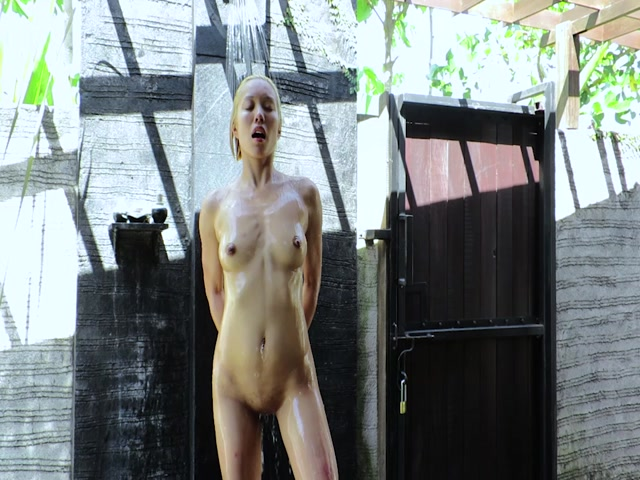 Watch Online Porn – ManyVids Webcams Video presents Girl NovaPatra in Blond Asian Sex Doll Makes Him Cum Twice (MP4, HD, 960×720)