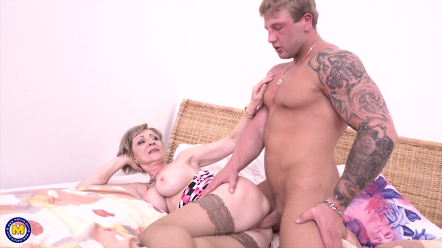 The fresh mature pussy fan Dany all