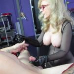 Nina presents Nina Hartley 1