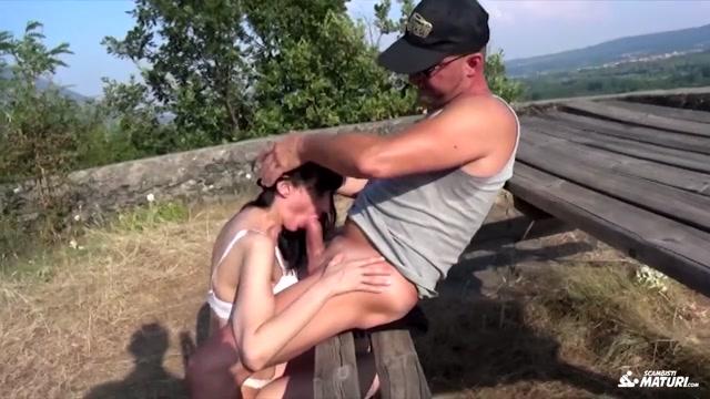 Outdoor Swinger Porn