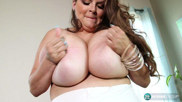 PornMegaLoad_-_XLgirls_presents_Alaura_Grey_Is_Back__-_25.05.2017.mp4.00006.jpg