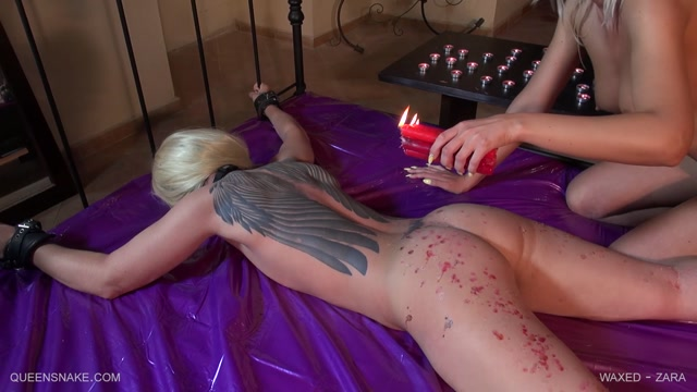 QueenSnake_presents_Zara__Holly_in_Waxed_-_22.04.2017.mp4.00000.jpg