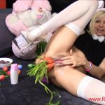 RaisaWetsX in NAUGHTY EASTER BUNNY SPECIAL – 26.05.2017