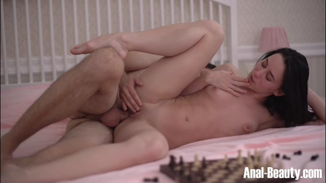 Watch Online Porn – TeenMegaWorld – Anal-Beauty presents Gloria Hole in Sex on chess board – 16.05.2017 (MP4, SD, 720×404)