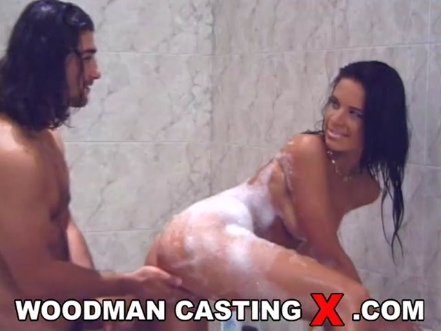 WoodmanCastingX_presents_Ines_in_BTS_-_In_bath_with_my_man_-_08.05.2017.mp4.00005.jpg
