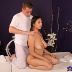 SexyHub – MassageRooms presents Sharon Lee in Squirting orgasms for Asian beauty – 04.05.2017
