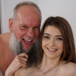 21Sextreme – GrandpasFuckTeens presents Tera Link in Let Grandpa Massage You – 03.06.2017