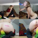 ManyVids Webcams Video presents Girl Arwen Datnoid in Dragon Spit Roast
