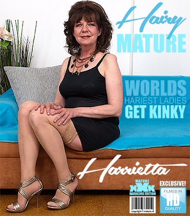1_Mature.nl_presents_Harrietta__55__in_hairy_older_lady_Harrietta_doing_her_toyboy_-_20.06.2017.jpg