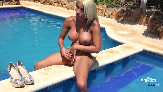 AngelesCid_presents_Angeles_Cid_in_Black_Lingerie_Outdoors_-_25.06.2017.mp4.00013.jpg