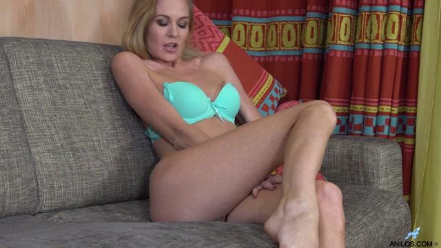 Watch Online Porn – Anilos presents Tatiana in Foxy Mature – 02.06.2017 (MP4, FullHD, 1920×1080)