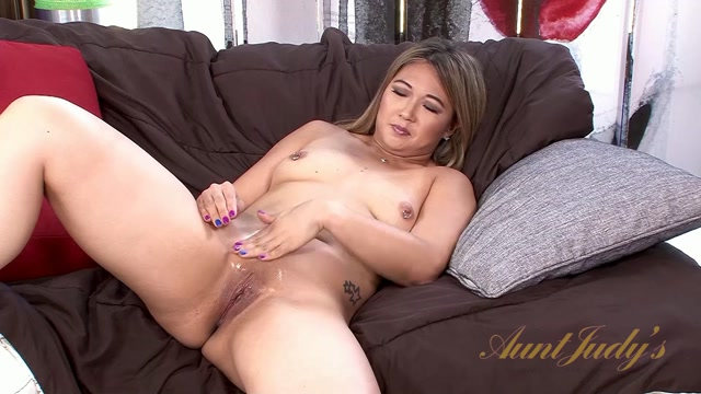 Auntjudys_presents_Nyomi_Star_-_07.06.2017.mp4.00009.jpg
