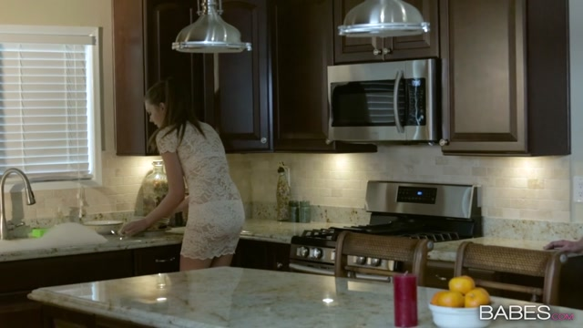 Watch Online Porn – Babes presents Elena Koshka in Night Cap – 08.06.2017 (MP4, HD, 1280×720)