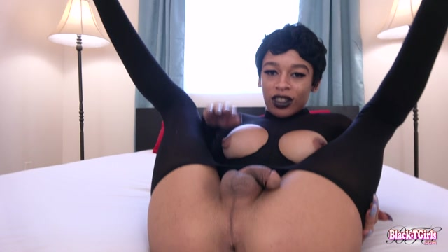 Black-tgirls_presents_Erika_Cums_Just_For_You__-_08.06.2017.mp4.00002.jpg