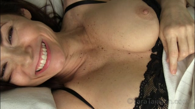 Clips4Sale_presents_Tara_Tainton_in_Ive_Never_Done_THAT_Before__But_I_Will__for_My_Son..._Even_When_Daddys_in_the_Room.mp4.00001.jpg